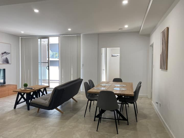 Beautiful Modern Home ,quiet &relax(ASQUITH)