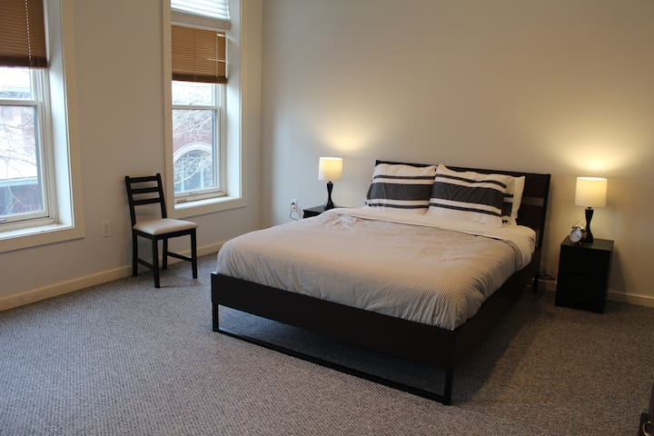 Market House Theatre Guest Apartment - Paducah - Apartment