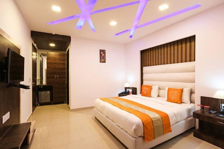 Located in Pitampura, Comfortable, Cozy & Private. - New Delhi - Bed & Breakfast