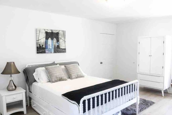 Cozy and privacy room in San Mateo CA