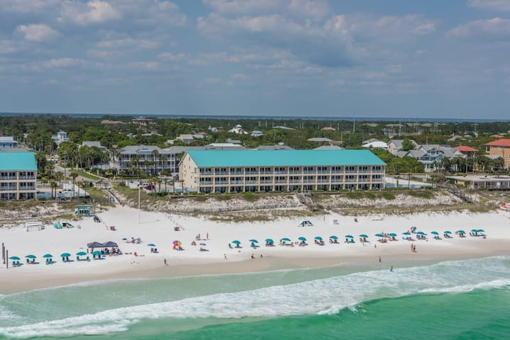 Crystal Sands Condo, Open in March/April