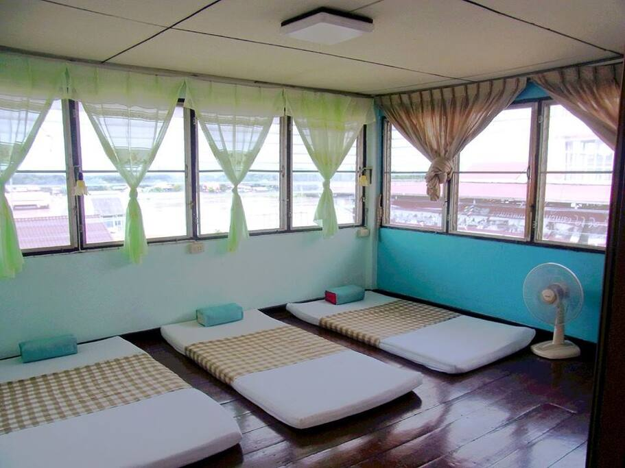 Fan dormitory room, top floor with river view 200 thb/1 person, 350 thb/2 person, 450 thb/3 person, 500/4 person