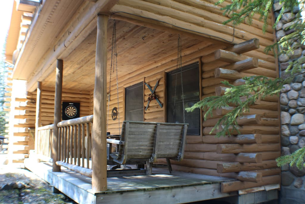 Private vacation cabin w lake charlevoix frontage for Vacation cabin kits