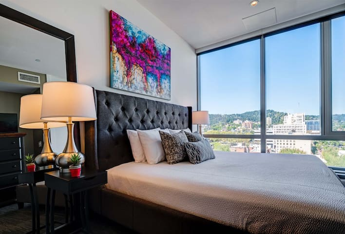 Ideal Stay Alfred at Park Avenue West