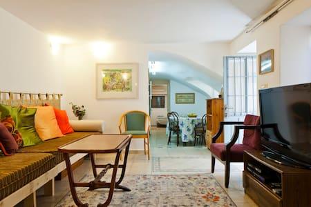 Apartment in Authentic Jaffa Home - Tel Aviv-Yafo - Wohnung
