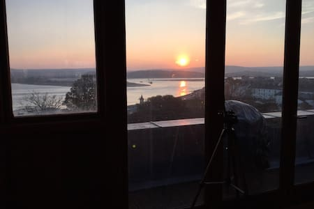 Stylish flat 75m to beach panoramic sea views WIFI - Exmouth - Apartmen