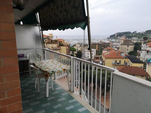 Casa con vista mare Varazze