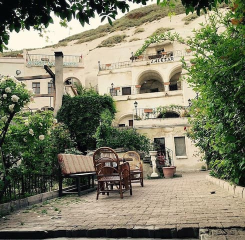 Lalezar Cave Hotel - B-B