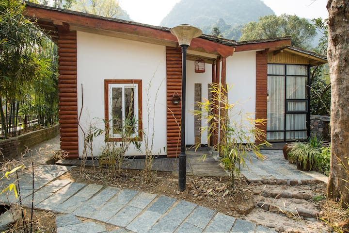 Standalone cabin for 2 people,Yangshuo