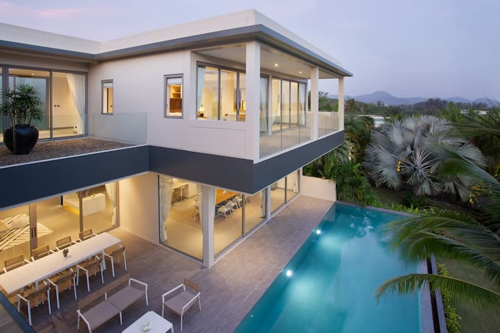 Four bedroom pool villa in tropical paradise