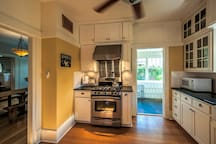 Large chef's kitchen with gas stove.