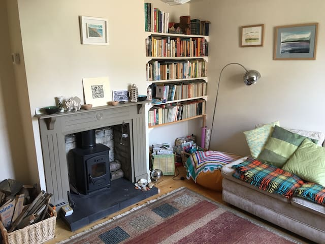 Sweet 'two up two down' cottage - Wivenhoe - Casa