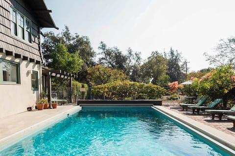 Rodeo Drive Studio con piscina y jardín privado