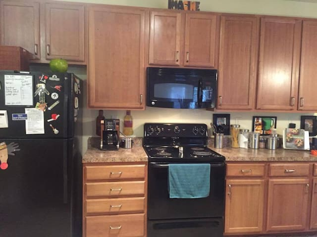Cozy Apartment Close To Beach-All Amenities - Gulf Shores - Apartamento