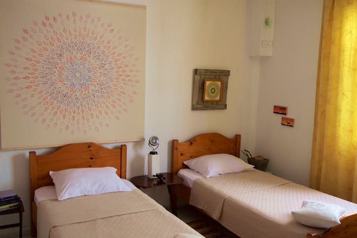 Simple, Cozy, Friendly Room - Kayaköy - Talo