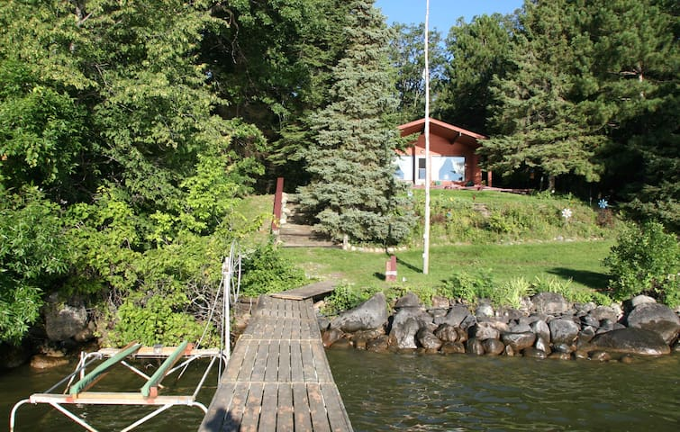 2 BDRM Rustic Lakefront Cabin on Leech Lake - Cass Lake