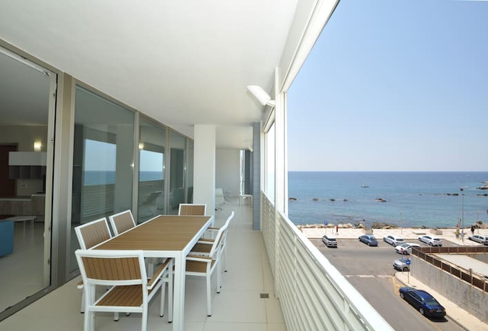 Luxury Penthouse Sea View 6 beds - WIFI