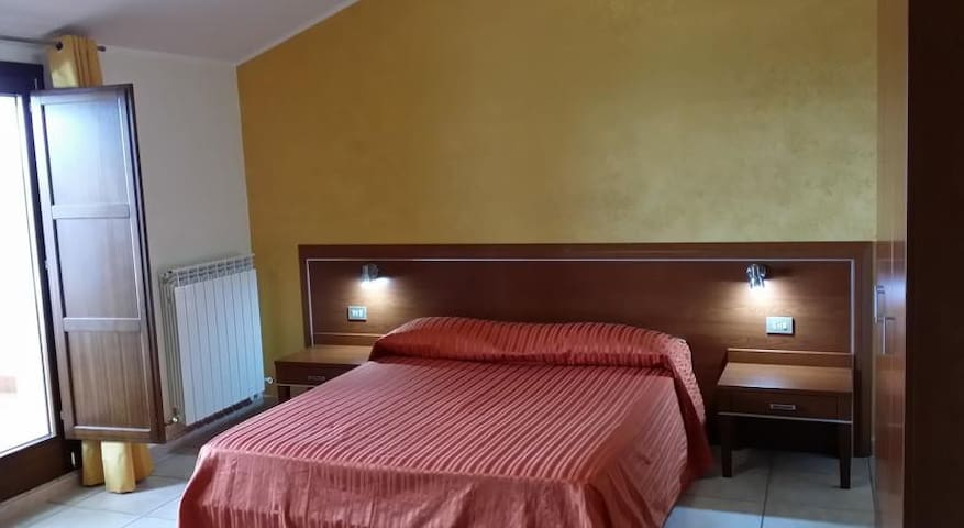B&B Il Tulipano - Rogliano - Rogliano - Bed & Breakfast