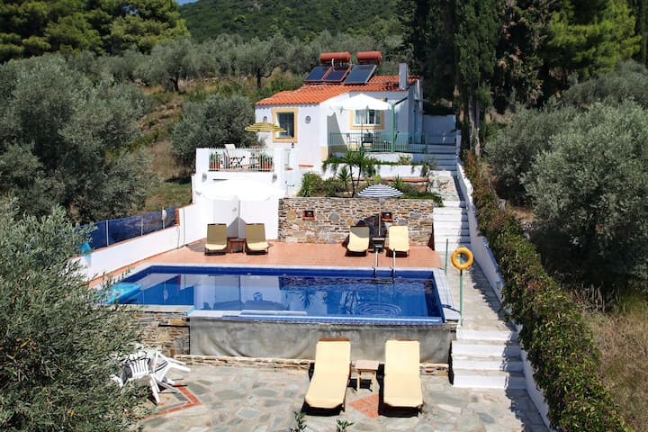"cottage ""eros"" Stafylos- Skopelos"
