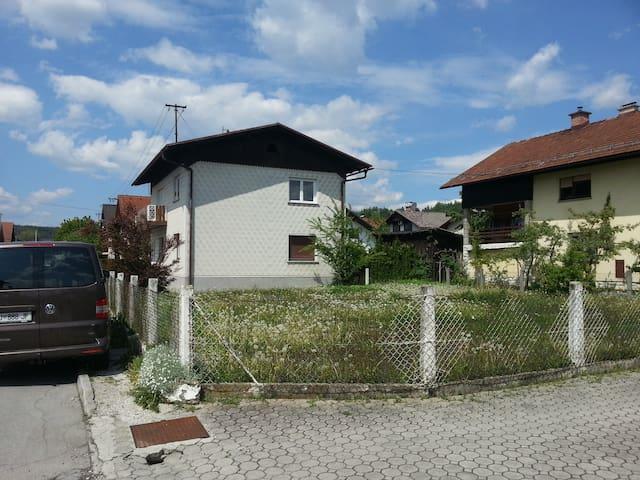 NUR - Mengeš - Apartamento