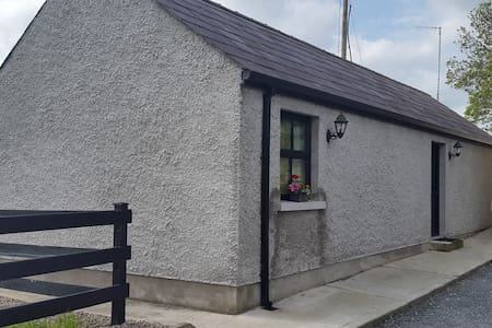 Lakeside Apt @ Muckno Lodge Self Catering Cottages - Castleblayney - Hytte
