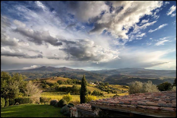 Poggio di Sopra Castello Romitorio - Montalcino - Vila