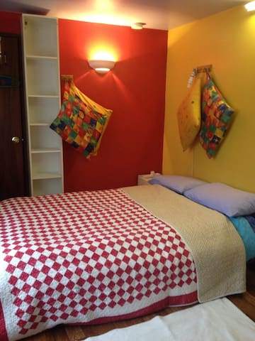 The Den, cosy, compact and private. - Coleraine - Bed & Breakfast