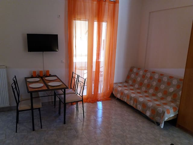 Studio appartment at Loutra Edipsou - Loutra Edipsou - Huoneisto