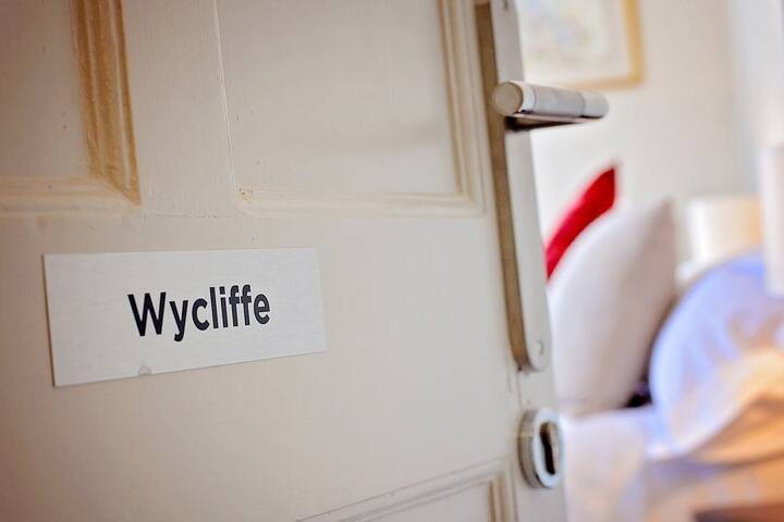 Weeks Away Darlington Wycliffe Suite Grange Road