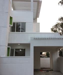 Modern Luxury House with Rooftop Garden - Panadura - Dům