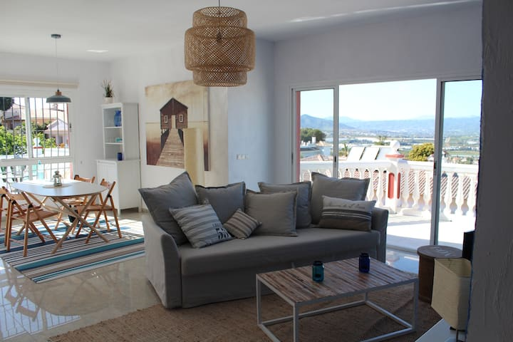 Beautiful penthouse near Malaga - Alhaurín de la Torre - Apartament
