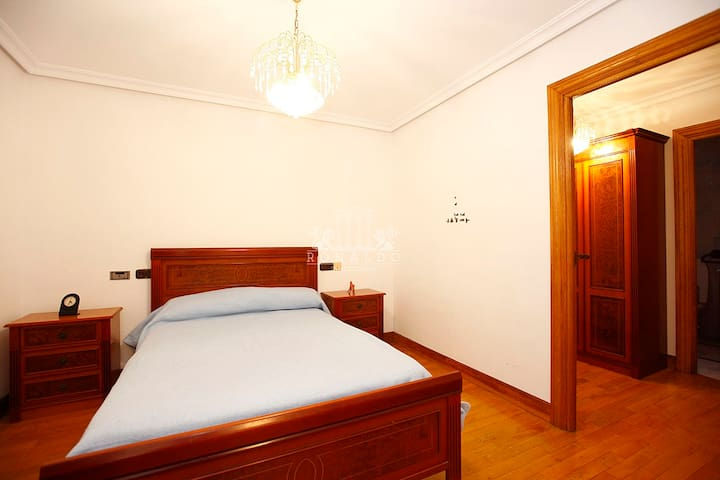 Habitacion privada, con baño compartido