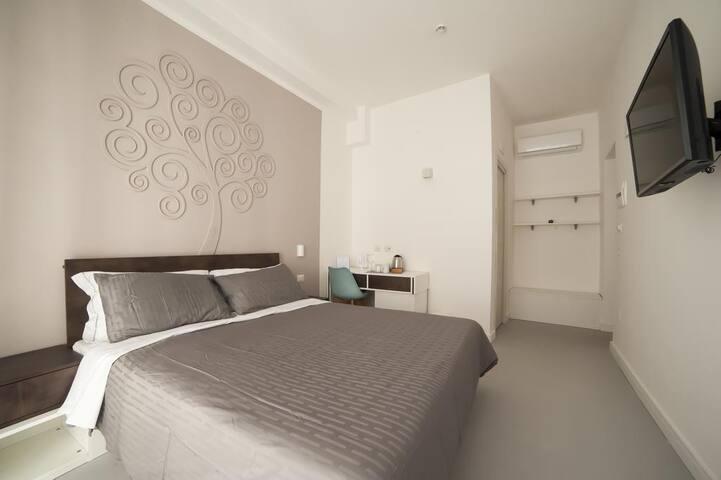 Superior Double Room, Dada Suite
