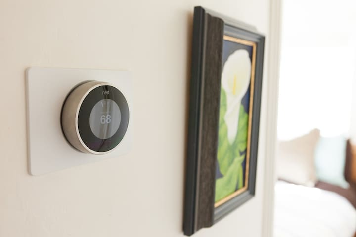 Nest thermostat with a forced air heating