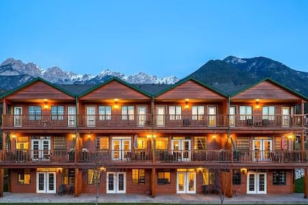 Marble Canyon - minutes from golf,ski,hot springs