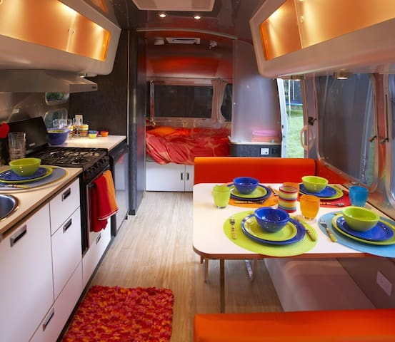 ROOST: Luxury Airstream at Allegrippis Trailhead!