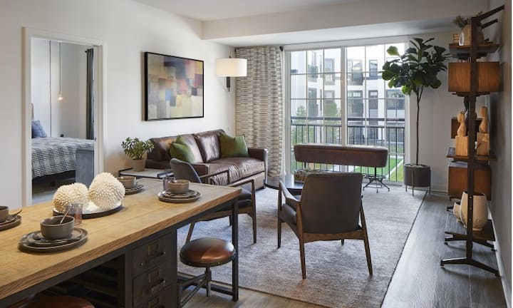 A place of your own   1BR in Vernon Hills