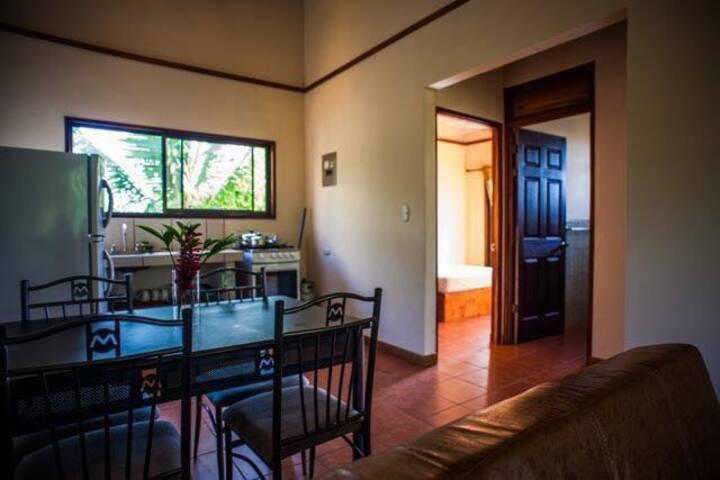 Apto. 2 dormitorios Puerto Viejo centro