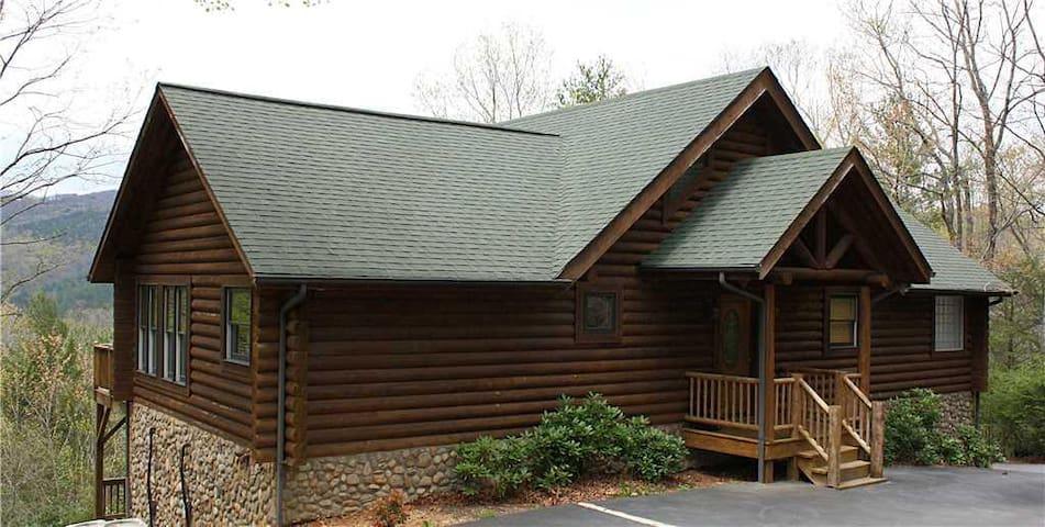 Black Bear Lodge - Pet Friendly$75