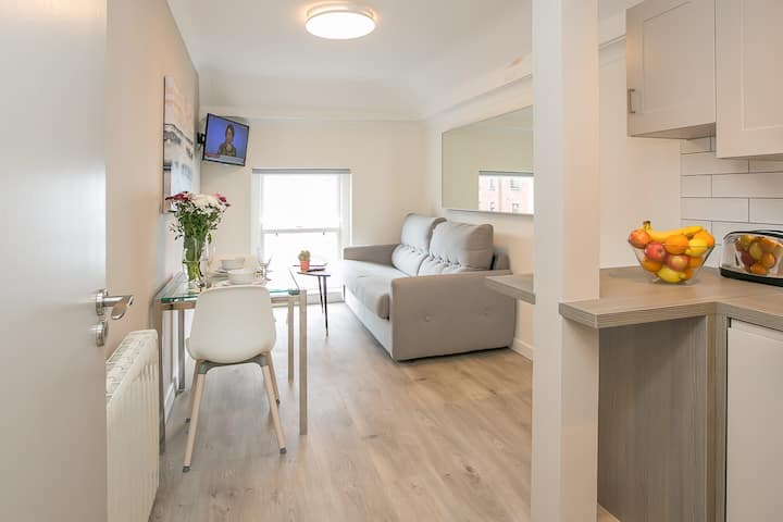 St Stephen's Green District 1 Bedroom Apartment