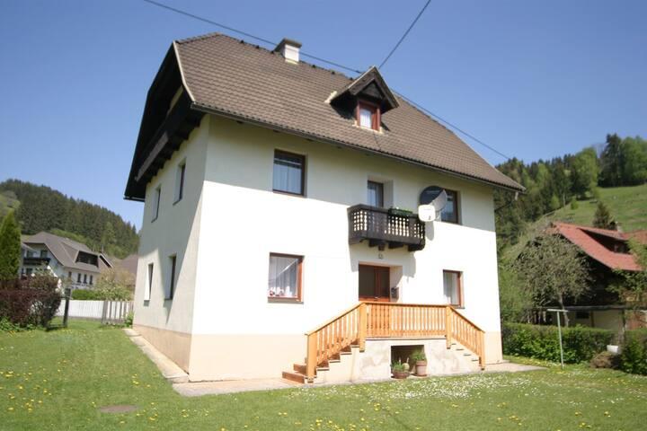 Paisible maison de vacances à Deutsch-Griffen, jardin privé