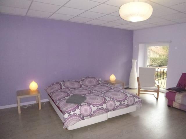L'ERMITAGE, grande chambre au calme - Thiaucourt