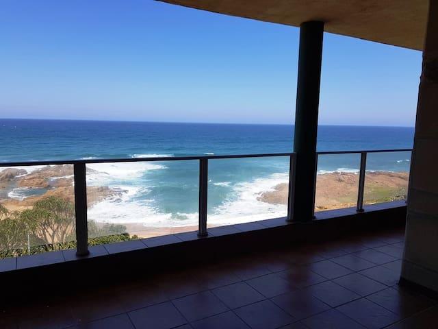 Silhouette 27, Margate, overlooks the ocean