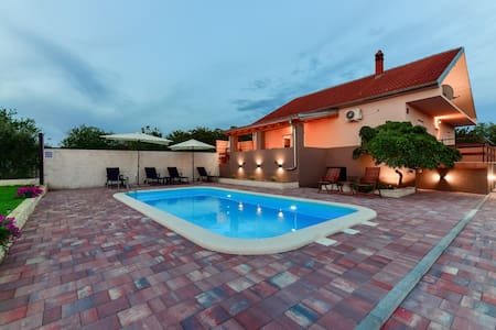 Holiday house Strenja(with heated pool)