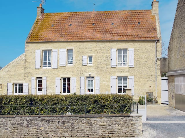 Holiday home in Longues-sur-Mer - Longues-sur-Mer - บ้าน