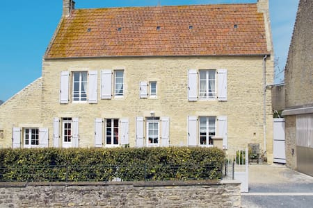 Holiday home in Longues-sur-Mer - Longues-sur-Mer - Дом