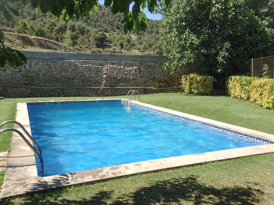 Maison en catalogne avec piscine maisons louer for Location maison en espagne avec piscine