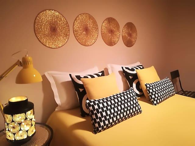 COSY BEDROOM IN BENFICA LISBOA!
