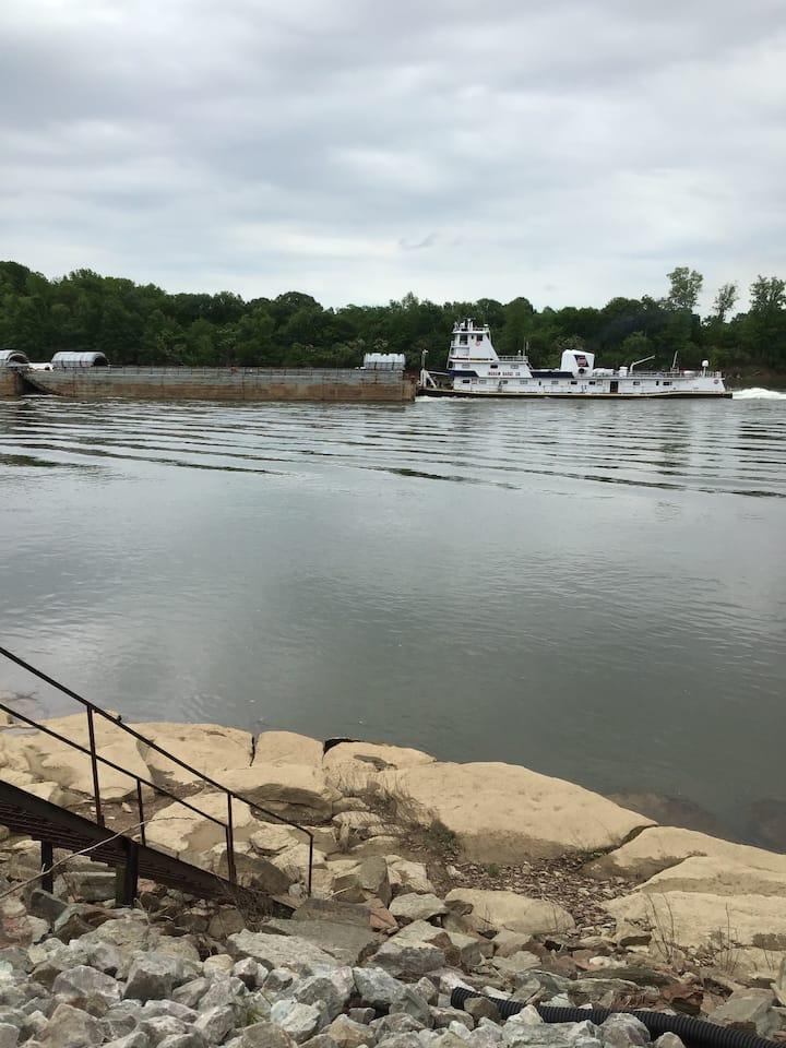 Tennessee River Refuge