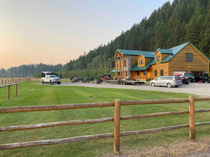 Swan Valley, ID's - Ultimate Cabin & Family Escape